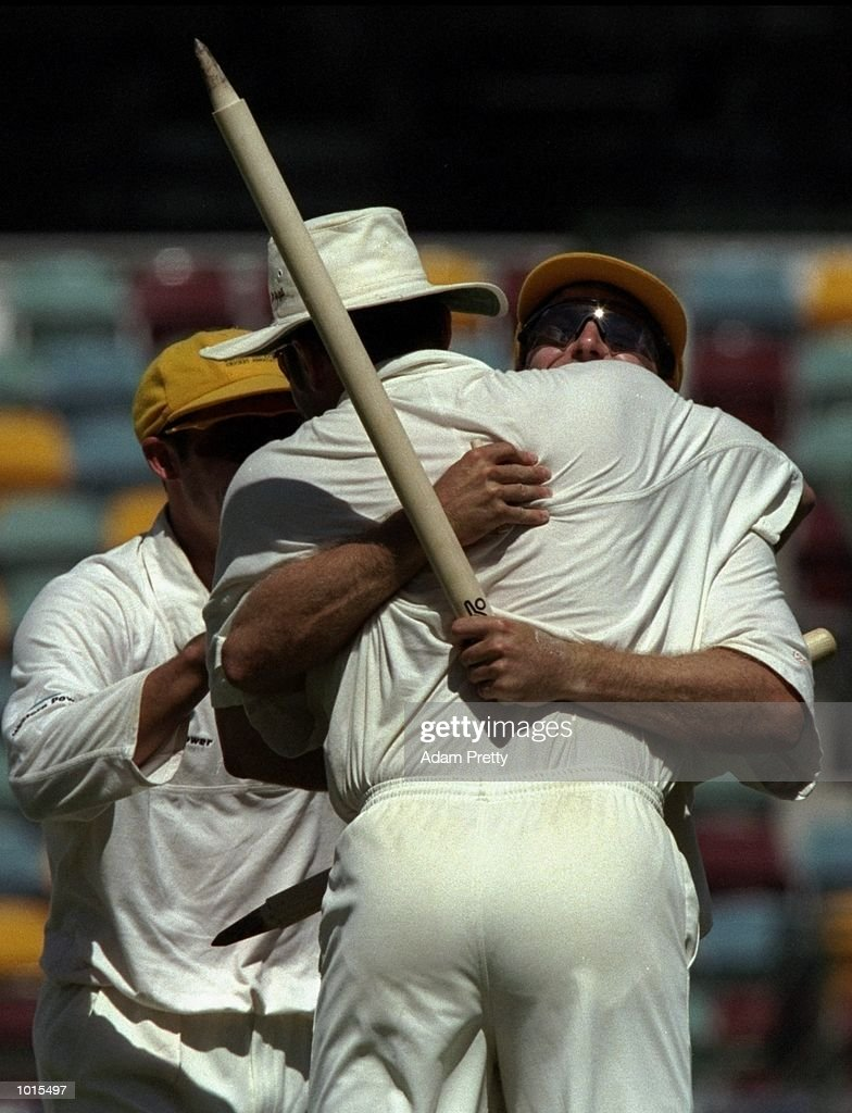 Western Australia players celebrate the fall of the last wicket during the Sheffield Shield Final between Western Australia and Queensland at the ''Gabba'', Brisbane Cricket Ground, Woolloongabba, Brisbane, Australia. \ Mandatory Credit: AdamPretty /Allsport