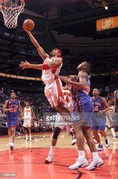 Ira Newble of the Atlanta Hawks goes for a layup against the New York Knicks at Philips Arena in Atlanta Georgia Digital Image NOTE TO USER User...