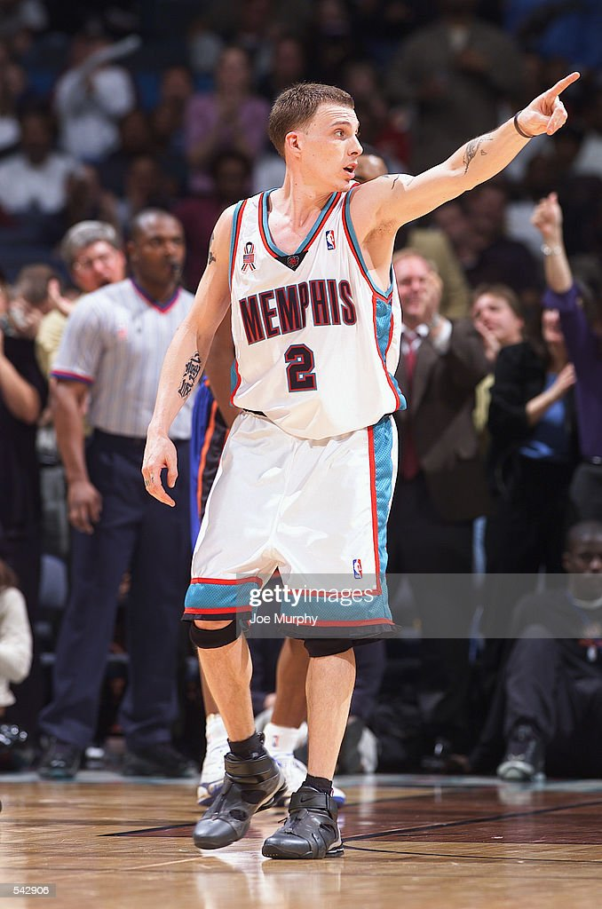Point guard Jason Williams of the Memphis Grizzlies points his finger during the NBA game against the New York Knicks at The Pyramid Arena in Memphis...