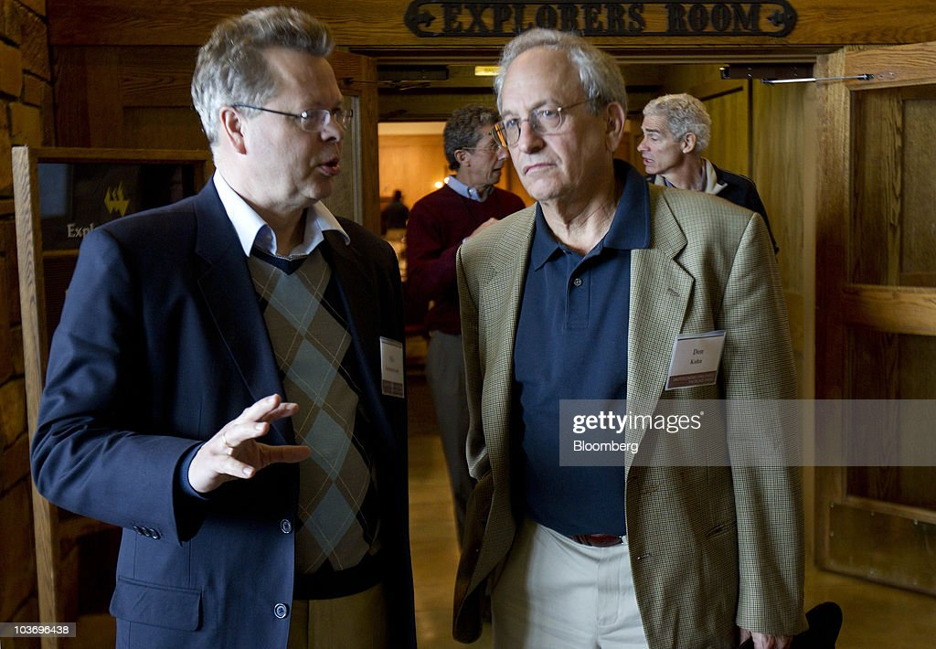 Mar Gudmundsson, governor of the Central Bank of Iceland, left, talks with <a gi-track='captionPersonalityLinkClicked' href=/galleries/search?phrase=Donald+Kohn&family=editorial&specificpeople=3793171 ng-click='$event.stopPropagation()'>Donald Kohn</a>, vice chairman of the U.S. Federal Reserve, during the Federal Reserve Bank of Kansas City annual symposium near Jackson Hole, Wyoming, U.S., on Saturday, Aug. 28, 2010. Federal Reserve Chairman Ben S. Bernanke said the U.S. central bank 'will do all that it can' to ensure a continuation of the economic recovery, and outlined steps it might take if the growth slows. Photographer: Andrew Harrer/Bloomberg via Getty Images
