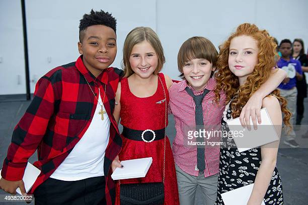 Mar Mar Hadley Belle Miller Noah Schnapp and Francesca Capaldi attend 'Snoopy' and Co receiving his Pilot's 'Wings' ceremony at Delta flight Museum...