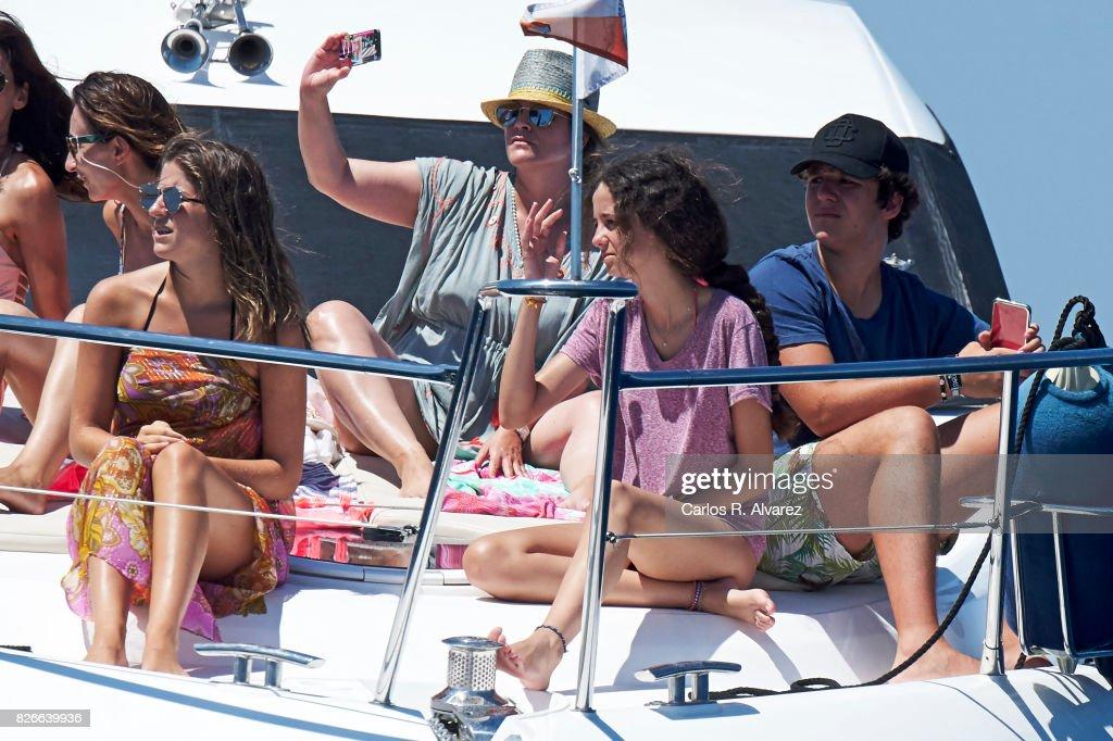Mar Torres (L), Felipe Juan Froilan de Marichalar y Borbon (R) and his sister Victoria Federica de Marichalar y Borbon (C) are seen during the 36th Copa Del Rey Mafre Sailing Cup on August 5, 2017 in Palma de Mallorca, Spain.