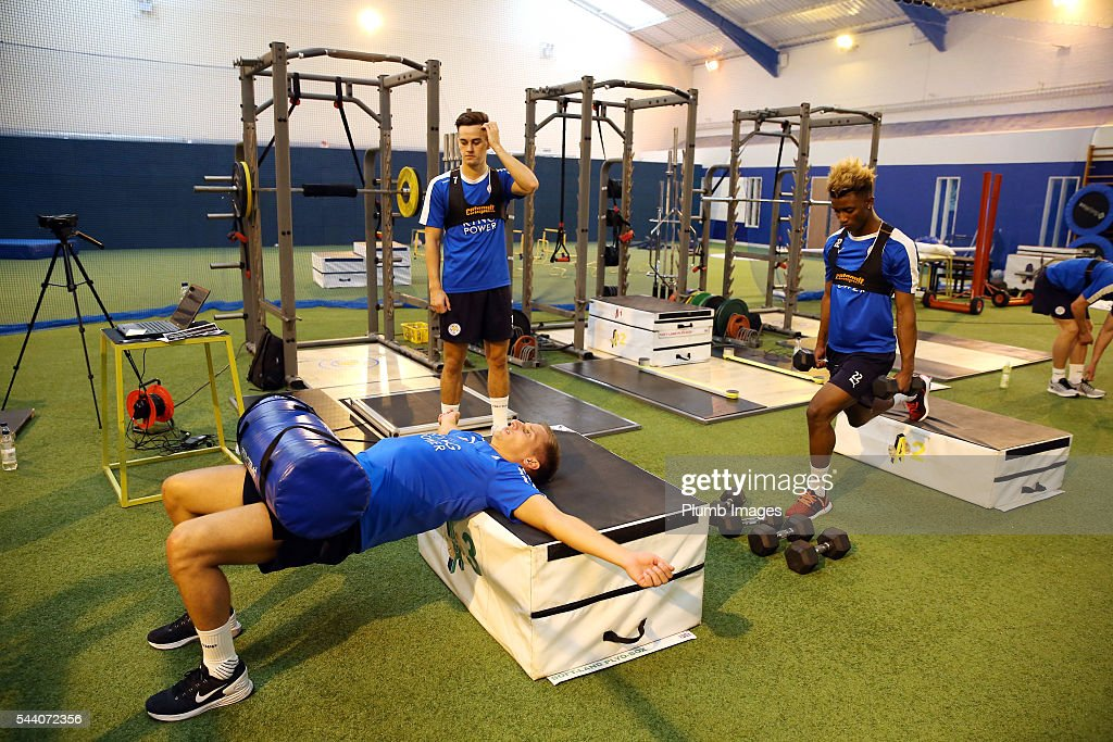 <a gi-track='captionPersonalityLinkClicked' href=/galleries/search?phrase=Marc+Albrighton+-+Winger&family=editorial&specificpeople=5734412 ng-click='$event.stopPropagation()'>Marc Albrighton</a> and <a gi-track='captionPersonalityLinkClicked' href=/galleries/search?phrase=Demarai+Gray&family=editorial&specificpeople=10515774 ng-click='$event.stopPropagation()'>Demarai Gray</a> during the testing session as the first set of Leicester City Players return for pre-season at Belvoir Drive Training Complex on July 1, 2016 in Leicester, United Kingdom.