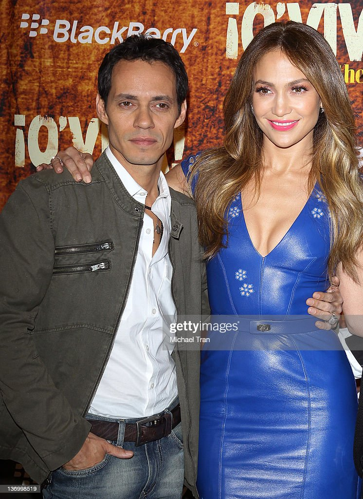 <a gi-track='captionPersonalityLinkClicked' href=/galleries/search?phrase=Marc+Anthony&family=editorial&specificpeople=202544 ng-click='$event.stopPropagation()'>Marc Anthony</a> (L) and <a gi-track='captionPersonalityLinkClicked' href=/galleries/search?phrase=Jennifer+Lopez&family=editorial&specificpeople=201784 ng-click='$event.stopPropagation()'>Jennifer Lopez</a> arrive at the 2012 TCA Winter Press Tour - Univision held at The Langham Huntington Hotel and Spa on January 14, 2012 in Pasadena, California.