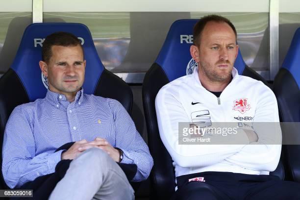 Marc Arnold and Head coach Torsten Lieberknecht of Braunschweig looks on prior to the Second Bundesliga match between DSC Arminia Bielefeld and...