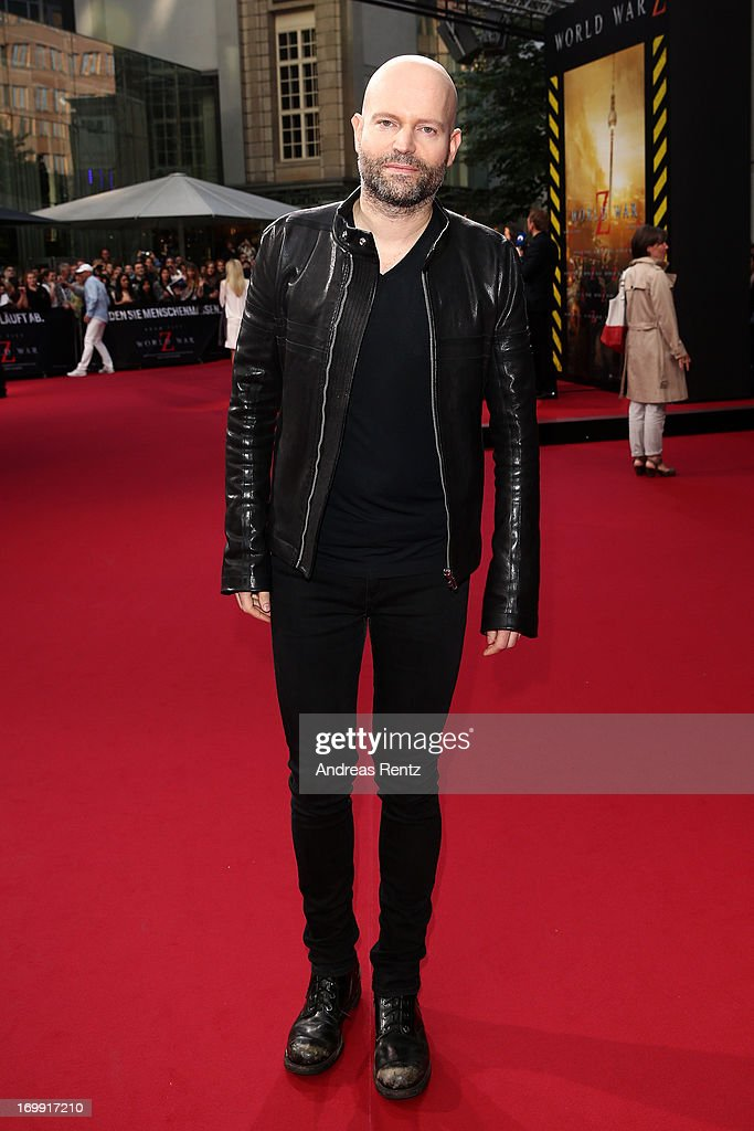 <a gi-track='captionPersonalityLinkClicked' href=/galleries/search?phrase=Marc+Forster&family=editorial&specificpeople=204746 ng-click='$event.stopPropagation()'>Marc Forster</a> attends 'WORLD WAR Z' Germany Premiere at Sony Centre on June 4, 2013 in Berlin, Germany.