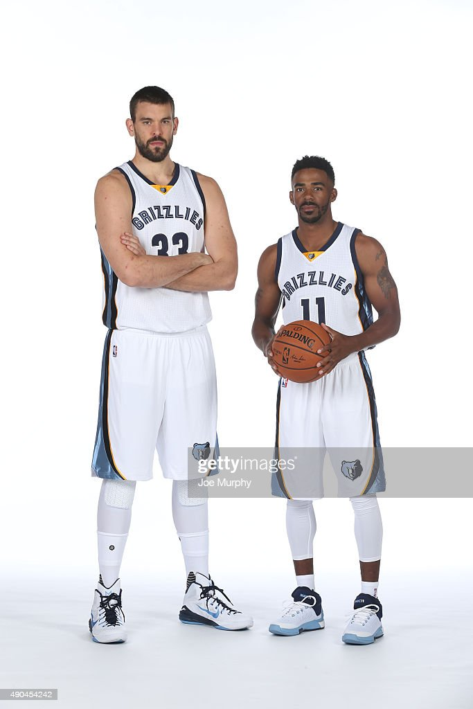 ¿Cuánto mide Mike Conley? - Real height Marc-gasol-and-mike-conley-of-the-memphis-grizzlies-poses-for-a-picture-id490454242