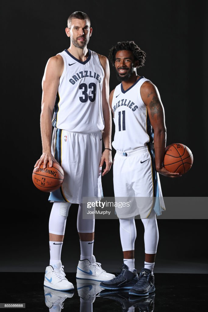 ¿Cuánto mide Mike Conley? - Real height Marc-gasol-and-mike-conley-of-the-memphis-grizzlies-poses-for-a-picture-id855566688