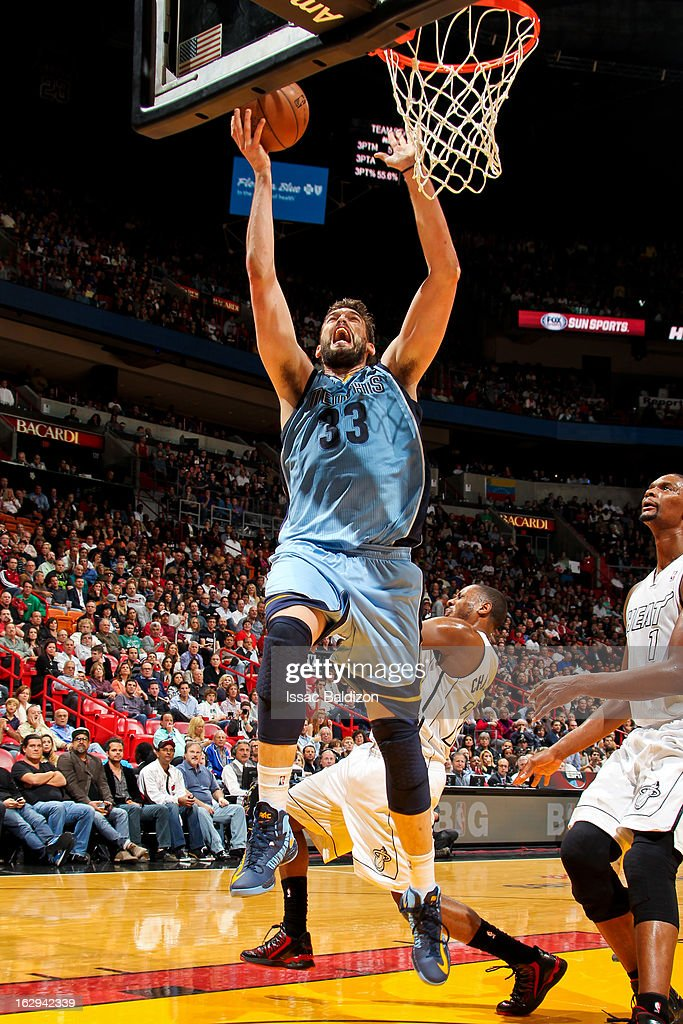 Marc Gasol #33 of the Memphis Grizzlies drives to the basket against the Miami Heat on March 1, 2013 at American Airlines Arena in Miami, Florida.