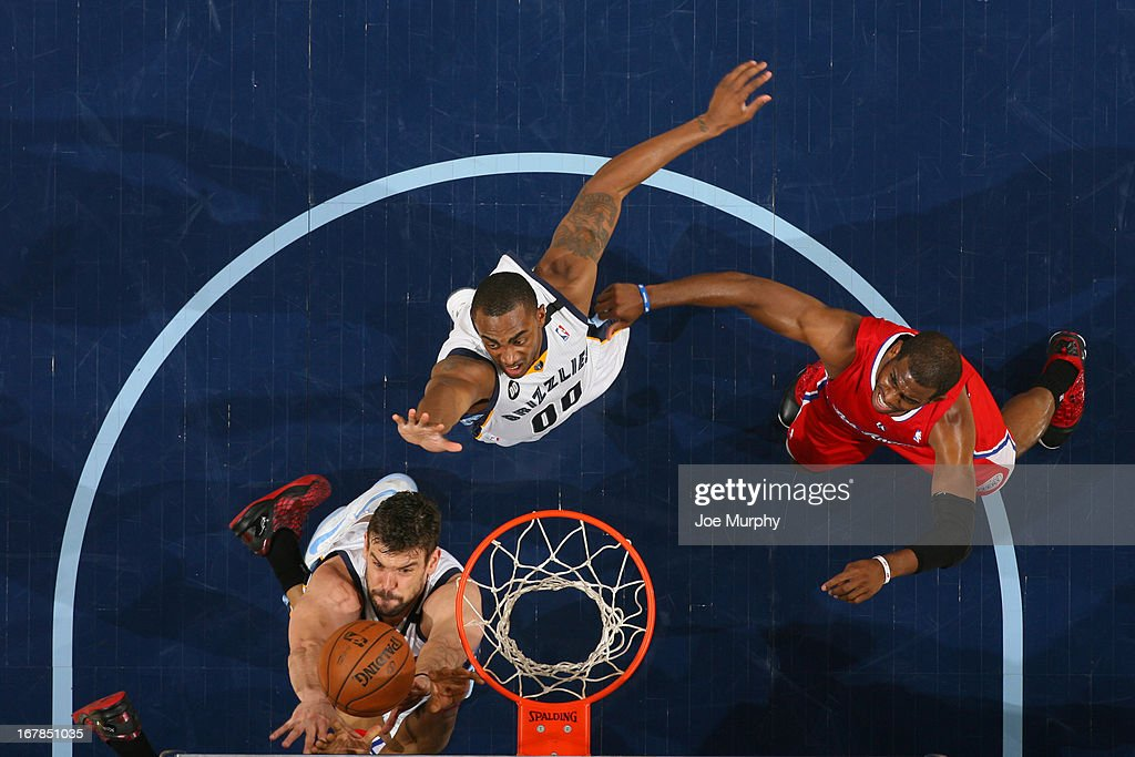 <a gi-track='captionPersonalityLinkClicked' href=/galleries/search?phrase=Marc+Gasol&family=editorial&specificpeople=661205 ng-click='$event.stopPropagation()'>Marc Gasol</a> #33 of the Memphis Grizzlies drives to the basket against the Los Angeles Clippers in Game Four of the Western Conference Quarterfinals during the 2013 NBA Playoffs on April 27, 2013 at FedExForum in Memphis, Tennessee.