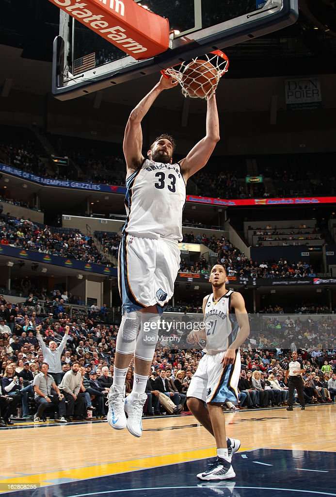 Marc Gasol #33 of the Memphis Grizzlies dunks against the Dallas Mavericks on February 27, 2013 at FedExForum in Memphis, Tennessee.
