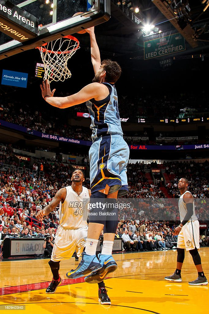 Marc Gasol #33 of the Memphis Grizzlies dunks against the Miami Heat on March 1, 2013 at American Airlines Arena in Miami, Florida.