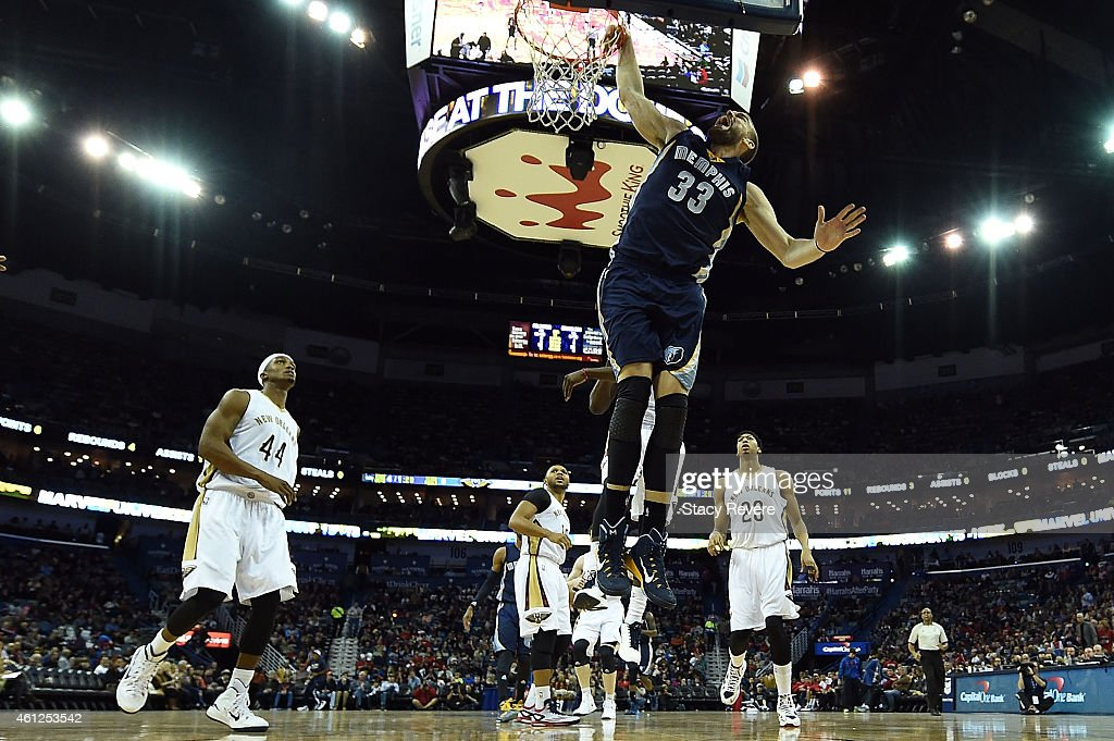 <a gi-track='captionPersonalityLinkClicked' href=/galleries/search?phrase=Marc+Gasol&family=editorial&specificpeople=661205 ng-click='$event.stopPropagation()'>Marc Gasol</a> #33 of the Memphis Grizzlies shoots against the New Orleans Pelicans during the third quarter of a game at the Smoothie King Center on January 9, 2015 in New Orleans, Louisiana.