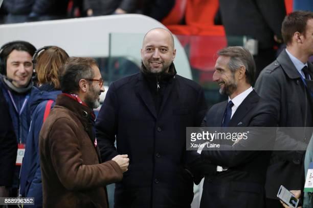 Marc Ingla and Gerard Lopez of Lille OSC react with JeanClaude Blanc of Paris SaintGermain before the Ligue 1 match between Paris Saint Germain and...