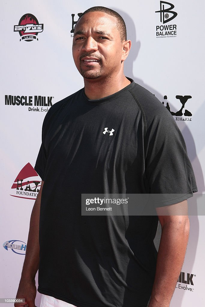 <a gi-track='captionPersonalityLinkClicked' href=/galleries/search?phrase=Marc+Jackson&family=editorial&specificpeople=201552 ng-click='$event.stopPropagation()'>Marc Jackson</a> arrives at The HAX Foundation's John Wooden Memorial Celebrity Basketball Game on August 14, 2010 in Los Angeles, California.