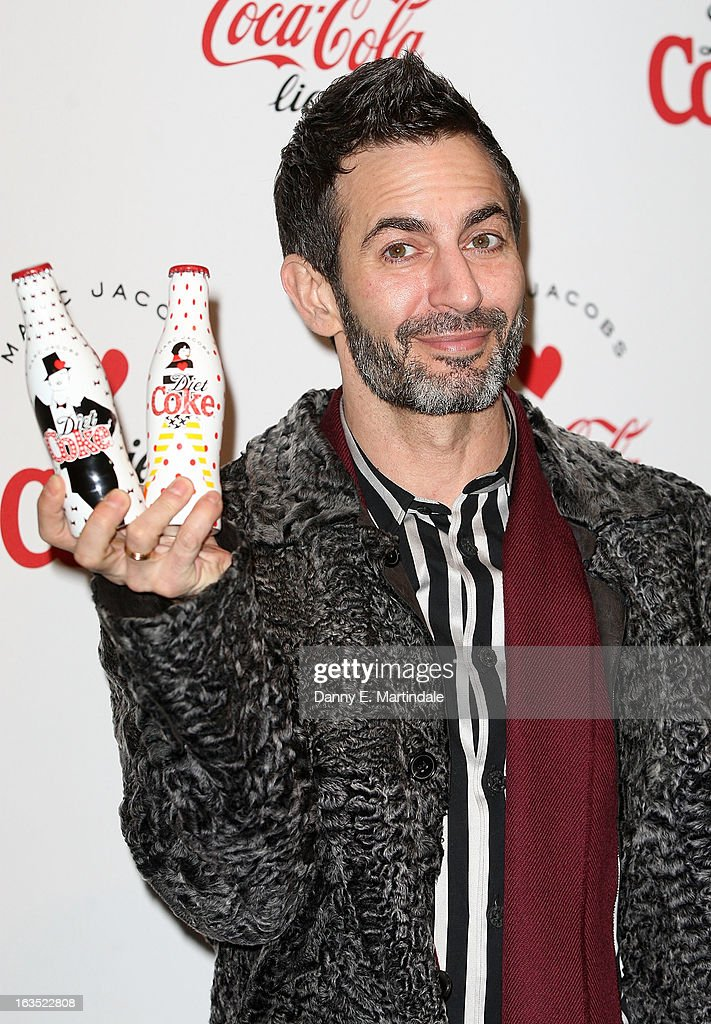 <a gi-track='captionPersonalityLinkClicked' href=/galleries/search?phrase=Marc+Jacobs+-+Modedesigner&family=editorial&specificpeople=4190324 ng-click='$event.stopPropagation()'>Marc Jacobs</a> attends the launch party announcing <a gi-track='captionPersonalityLinkClicked' href=/galleries/search?phrase=Marc+Jacobs+-+Modedesigner&family=editorial&specificpeople=4190324 ng-click='$event.stopPropagation()'>Marc Jacobs</a> as the Creative Director for Diet Coke in 2013 on March 11, 2013 in London, England.