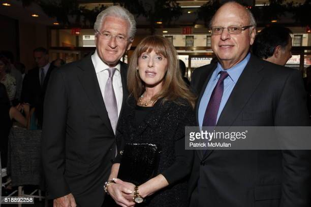 Marc Kasowitz Thea Lorber and Howard Lorber attend 92nd Street Y Annual Spring Gala starring Barry Manilow at 92nd Street Y on May 17 2010 in New York