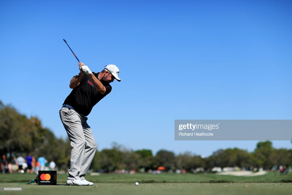 Marc Leishman of Australia plays his shot from the 11th tee during the final round of the Arnold Palmer Invitational Presented By MasterCard at Bay Hill Club and Lodge on March 19, 2017 in Orlando, Florida.