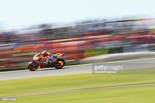 Marc Marquez of Spain and Repsol Honda rides during warm up ahead of the 2015 MotoGP of Australia at Phillip Island Grand Prix Circuit on October 18...