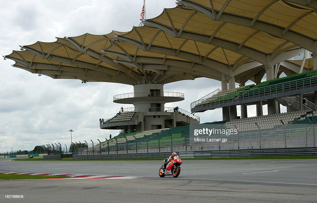 Marc Marquez of Spain and Repsol Honda Team heads down a straight during the MotoGP Tests in Sepang - Day Two at Sepang Circuit on February 27, 2013 in Kuala Lumpur, Malaysia.