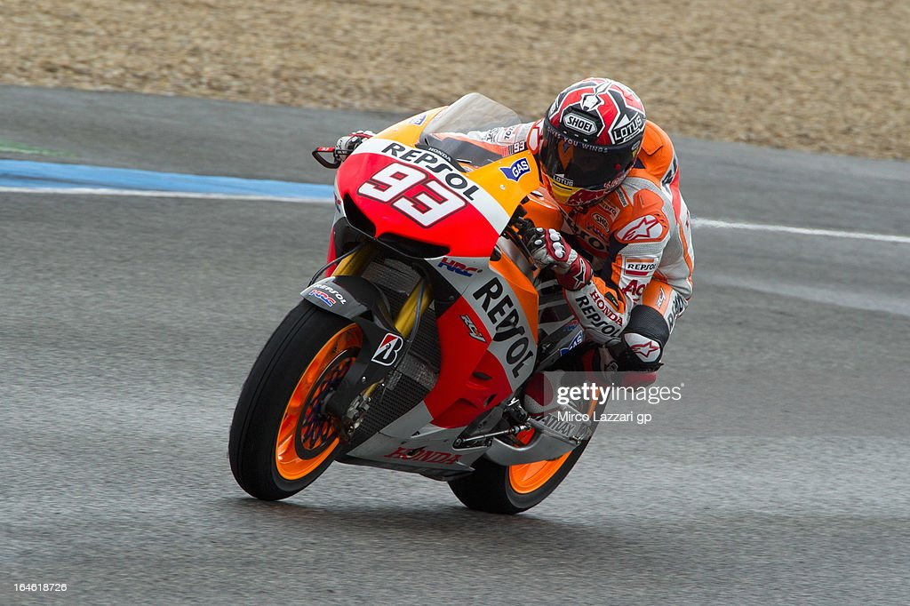 <a gi-track='captionPersonalityLinkClicked' href=/galleries/search?phrase=Marc+Marquez&family=editorial&specificpeople=5409395 ng-click='$event.stopPropagation()'>Marc Marquez</a> of Spain and Repsol Honda Team heads down a straight during the MotoGP Tests In Jerez - Day 4 at Circuito de Jerez on March 25, 2013 in Jerez de la Frontera, Spain.