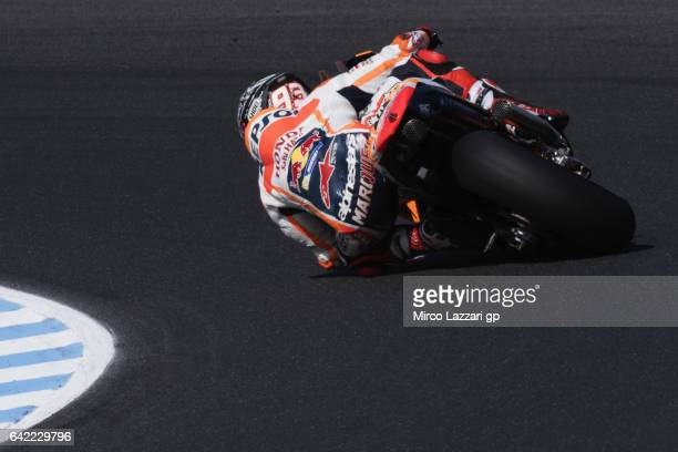 Marc Marquez of Spain and Repsol Honda Team rounds the bend during 2017 MotoGP preseason testing at Phillip Island Grand Prix Circuit on February 17...