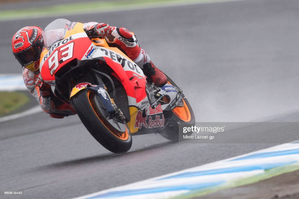 Marc Marquez of Spain and Repsol Honda Team rounds the bend during the MotoGP of Japan - Free Practice at Twin Ring Motegi on October 13, 2017 in Motegi, Japan.