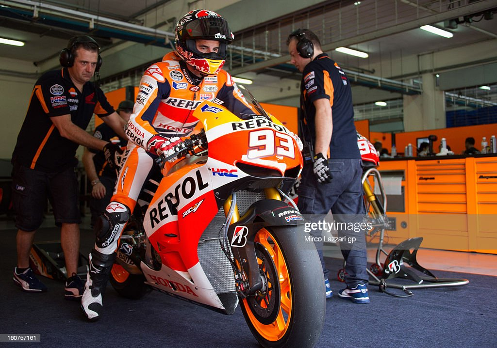 <a gi-track='captionPersonalityLinkClicked' href=/galleries/search?phrase=Marc+Marquez&family=editorial&specificpeople=5409395 ng-click='$event.stopPropagation()'>Marc Marquez</a> of Spain and Repsol Honda Team starts from box during the MotoGP Tests in Sepang - Day Three at Sepang Circuit on February 5, 2013 in Kuala Lumpur, Malaysia.