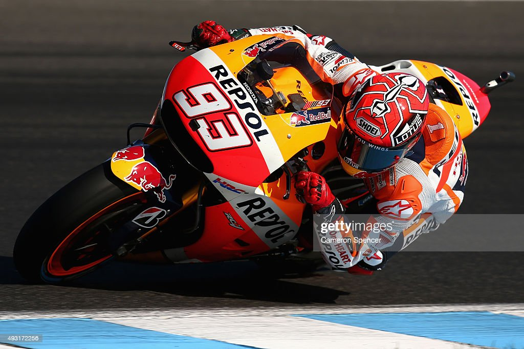 Marc Marquez of Spain and the Repsol Honda Team leads competitors during the 2015 MotoGP of Australia at Phillip Island Grand Prix Circuit on October 18, 2015 in Phillip Island, Australia.