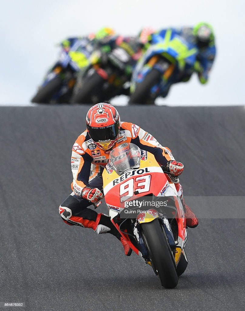 Marc Marquez of Spain riding the #93 REPSOL HONDA TEAM Honda leads the field during the 2017 MotoGP of Australia at Phillip Island Grand Prix Circuit on October 22, 2017 in Phillip Island, Australia.