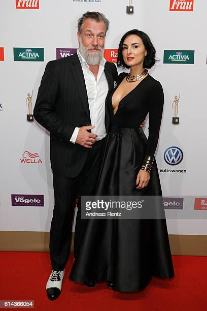Marc Marshall and Mimi Fiedler attend the 'Goldene Bild der Frau' award at Stage Theater on October 13 2016 in Hamburg Germany