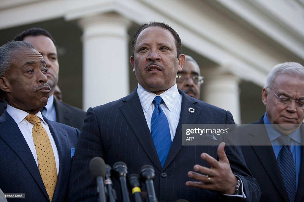 Marc Morial (C) of the National Urban League, with a group of other civic leaders, speaks outside the White House after meeting with US President Barack Obama to discuss negotiations over how to avoid the fiscal cliff on November 16, 2012.