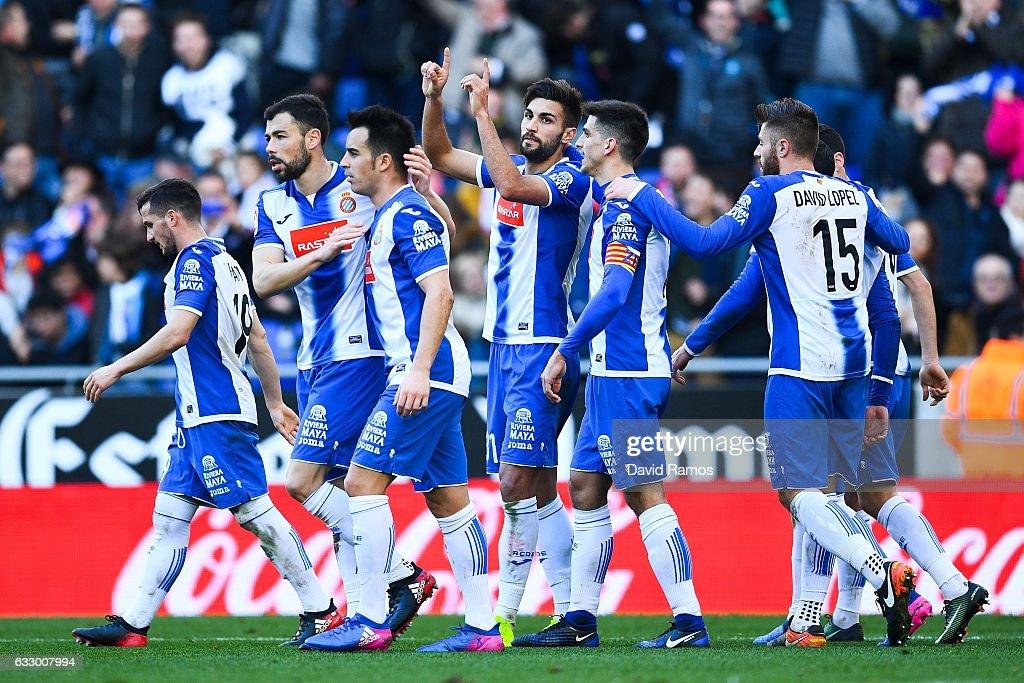 Marc Navarro (C) of RCD Espanyol celebrates with his team mates after scoring his team's second goalduring the La Liga match between RCD Espanyol and Sevilla FC at Cornella-El Prat stadium on January 29, 2017 in Barcelona, Spain.