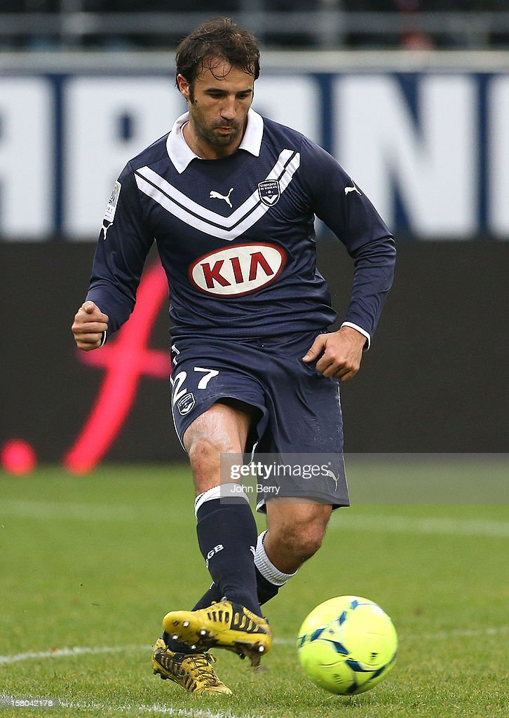 <a gi-track='captionPersonalityLinkClicked' href=/galleries/search?phrase=Marc+Planus&family=editorial&specificpeople=708262 ng-click='$event.stopPropagation()'>Marc Planus</a> of Bordeaux in action during the French Ligue 1 match between Stade de Reims and Girondins de Bordeaux at the Stade Auguste Delaune on December 9, 2012 in Reims, France.