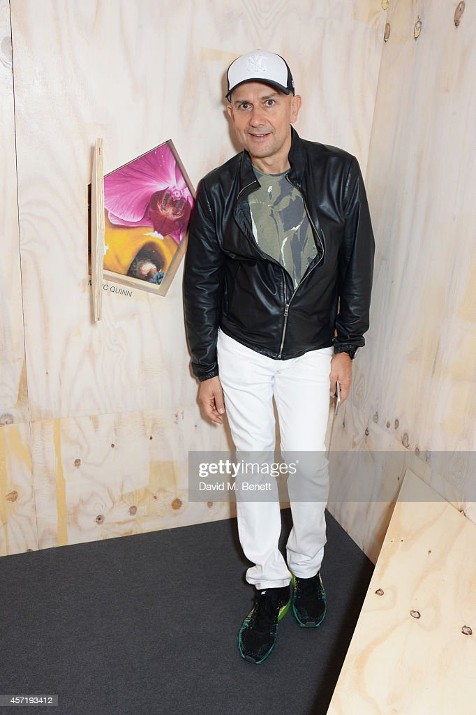 <a gi-track='captionPersonalityLinkClicked' href=/galleries/search?phrase=Marc+Quinn&family=editorial&specificpeople=664862 ng-click='$event.stopPropagation()'>Marc Quinn</a> attends as Gap launch the Gap Lounge at Frieze London showcasing the Gap X Visionaire collaboration ART Collection at Regent's Park on October 14, 2014 in London, England.