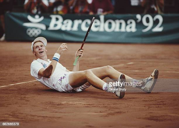 Marc Rosset of Switzerland celebrates winning the Men's Singles tennis event during the XXV Summer Olympic Games on 8 August 1992 at the Vall...
