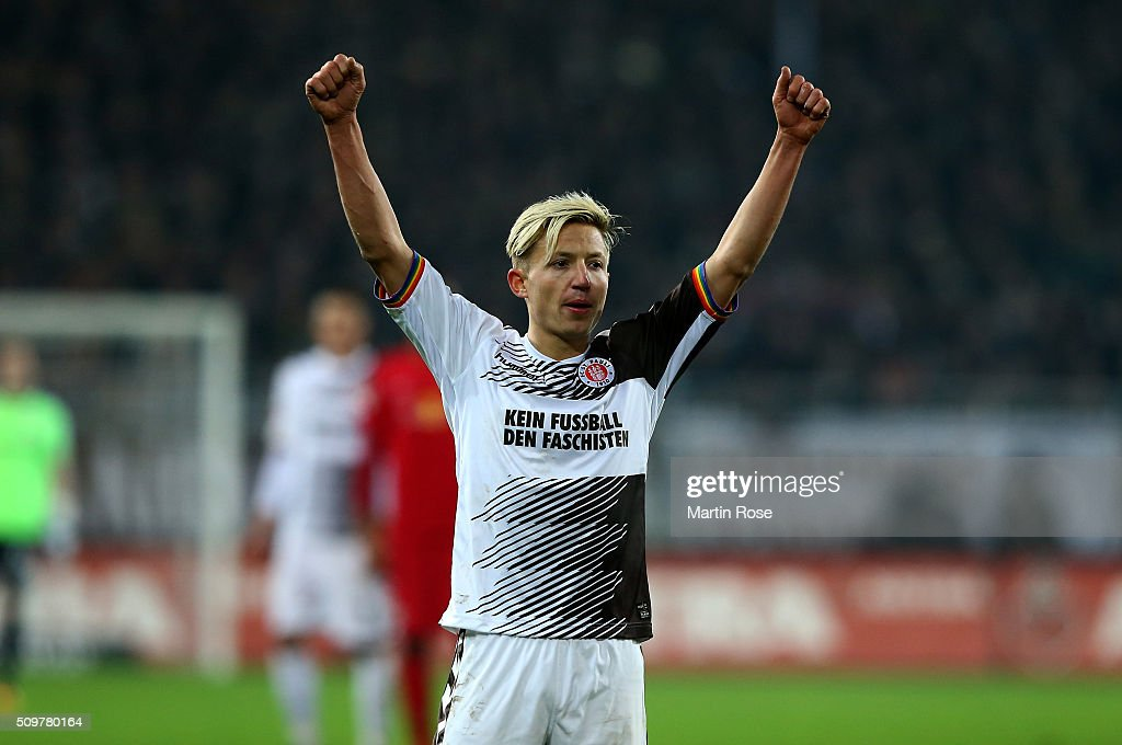 Marc Rzatkowski of St. Pauli celebrates after the second Bundesliga match between FC St. Pauli and RB Leipzig at Millerntor Stadium on February 12, 2016 in Hamburg, Germany.