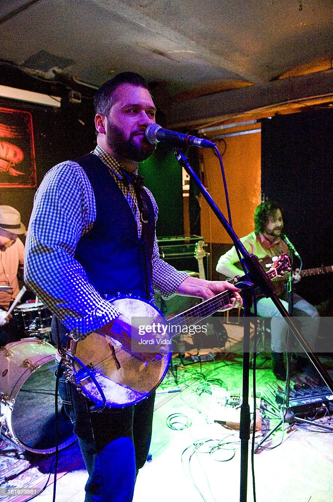 Marc Sasso and Casey Laforet of Elliott Brood perform on stage at Razzmatazz on February 13, 2013 in Barcelona, Spain.