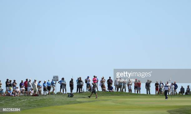 Marc Warren of Scotland putts on the ninth green during the Portugal Masters at the Oceanico Victoria Golf Club on September 23 2017 in Albufeira...
