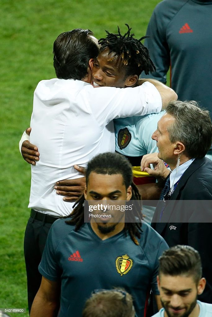 Marc Wilmots head coach of Belgian Team and Michy Batshuayi forward of Belgium celebrates during the UEFA EURO 2016 Round of 16 match between Hungary and Belgium at the Stadium Toulouse on June 26, 2016 in Toulouse, France ,