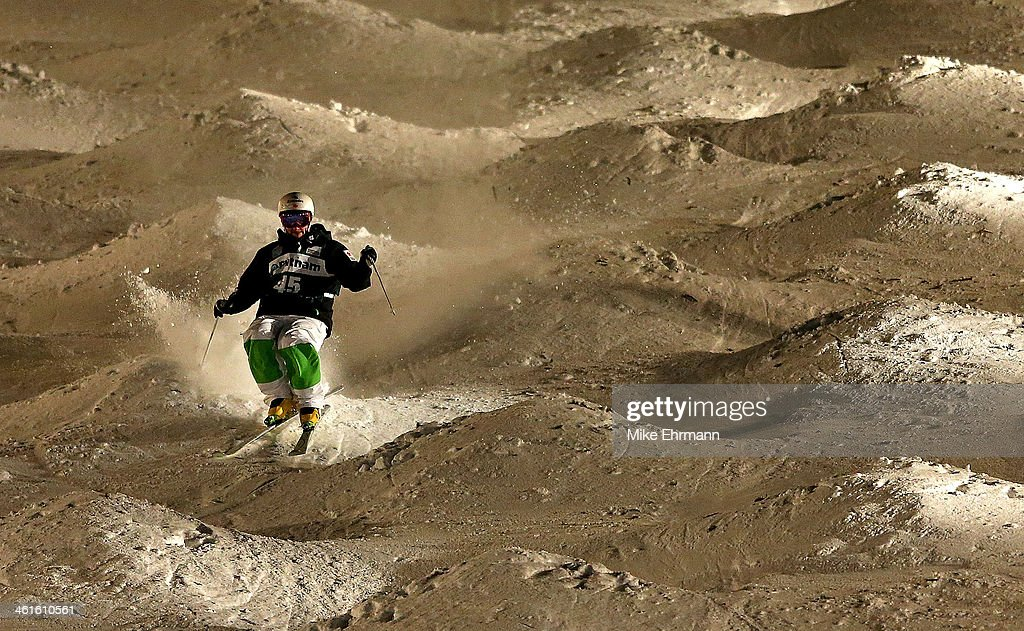 <a gi-track='captionPersonalityLinkClicked' href=/galleries/search?phrase=Marc-Antoine+Gagnon&family=editorial&specificpeople=9030303 ng-click='$event.stopPropagation()'>Marc-Antoine Gagnon</a> of Canda competes during Finals for Mens Moguls at the 2014 FIS Freestyle Ski World Cup at Deer Valley on January 9, 2014 in Park City, Utah.