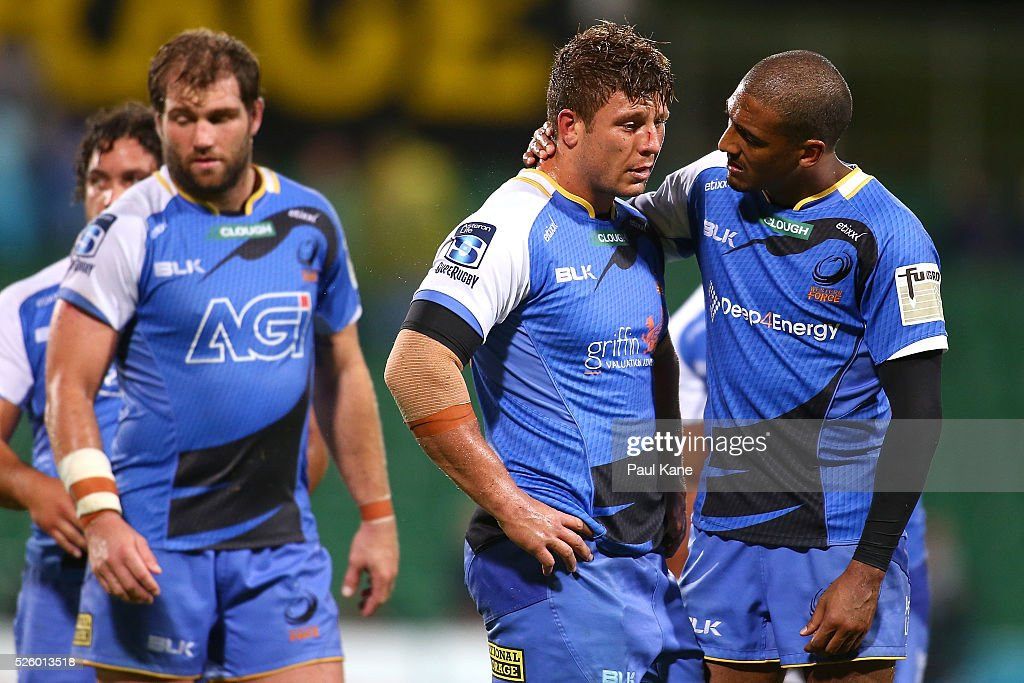 Marcel Brache of the Force consols Brynard Stander of the Force after the final siren during the round 10 Super Rugby match between the Force and the Bulls at nib Stadium on April 29, 2016 in Perth, Australia.