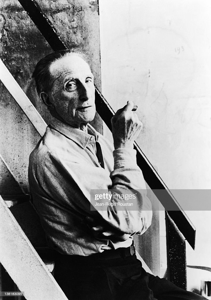 <a gi-track='captionPersonalityLinkClicked' href=/galleries/search?phrase=Marcel+Duchamp&family=editorial&specificpeople=227454 ng-click='$event.stopPropagation()'>Marcel Duchamp</a> (1887-1968), French artist, 1964.