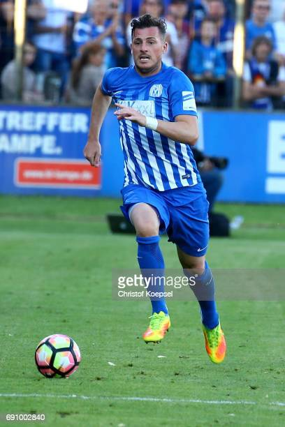 Marcel Gebers of Meppen runs with the ball during the Relegation Regionalliga Play Off second leg match at Hensch Arena on May 31 2017 in Meppen...