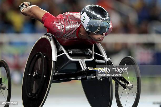 Marcel Hug of Switzerland competes during the Men's 800 meter T54 Round 1 Heat 3 at Olympic Stadium on day 7 of the Rio 2016 Paralympic Games at on...