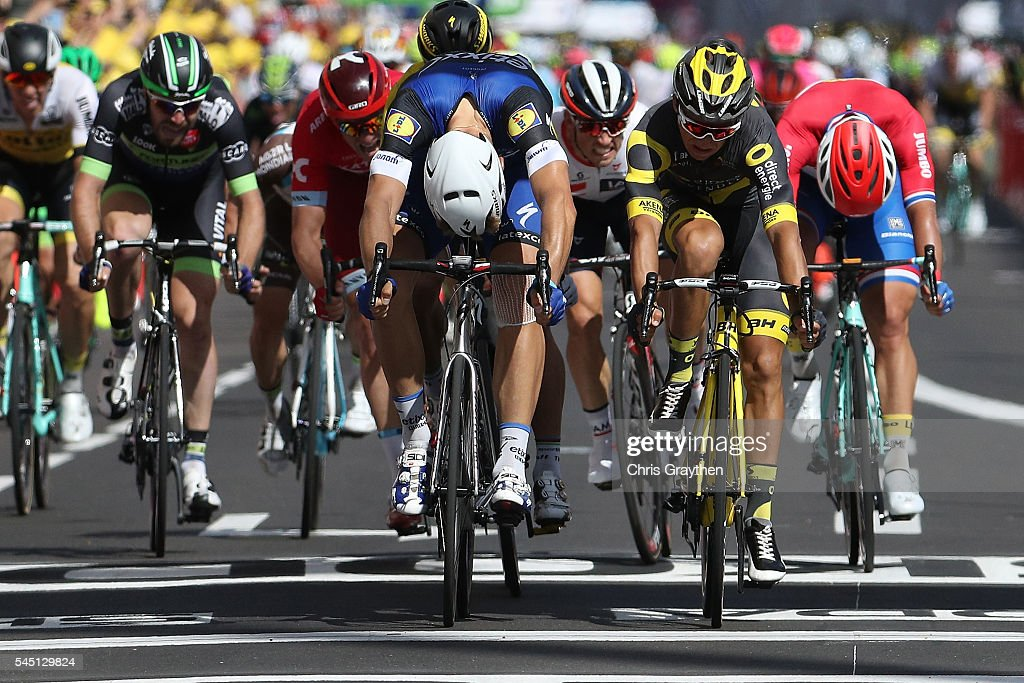 Marcel Kittel of Germany riding for Etixx-Quick Step wins ahead of Bryan Coquard of France, riding for Direct Energie during stage five of the 2016 Le Tour de France a 216km stage from Limoges to Le Lioran at on July 6, 2016 in Limoges, France.Photo by Chris Graythen/Getty Images)