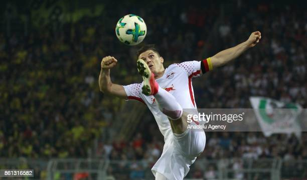 Marcel Sabitzer of Rasenballsport Leipzig in action during the Bundesliga soccer match between Borussia Dortmund and Rasenballsport Leipzig at Signal...
