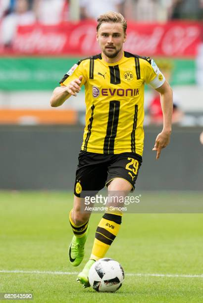 Marcel Schmelzer of Borussia Dortmund in action during the Bundesliga match between FC Augsburg and Borussia Dortmund at the WWKArena on May 13 2017...