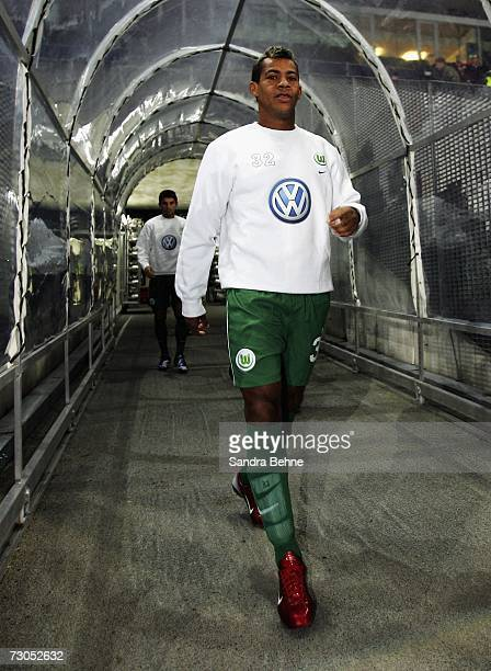 Marcelinho arrives for the warm up before the friendly match between Red Bull Salzburg and VfL Wolfsburg on January 20 2007 in Salzburg Austria