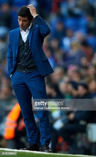 Marcelino Garcia Toral Manager of Valencia CF reacts during the La Liga match between Espanyol and Valencia at CornellaEl Prat stadium on November 19...